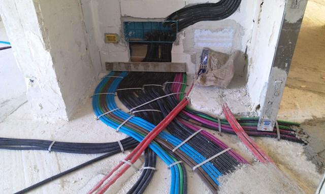 Impianto elettrico sottotraccia ( TARANTO)